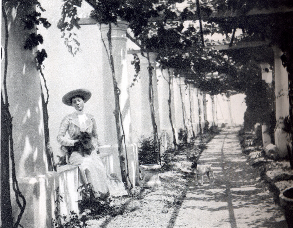 Princess Marie Louise of Hannover beneath the newly planted pergola